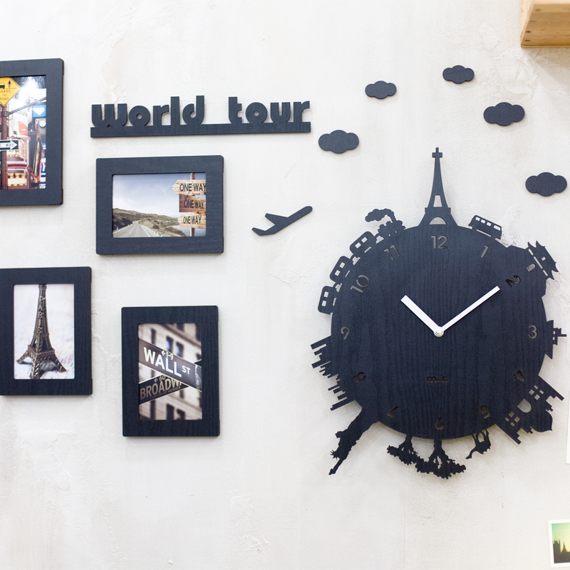 horloge murale moderne salon id es de design d 39 int rieur et de meubles. Black Bedroom Furniture Sets. Home Design Ideas