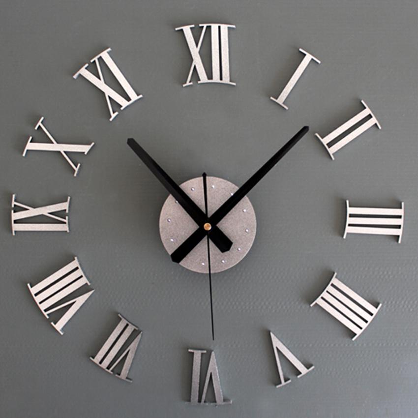 Horloge en m tal avec chiffres romains style vintage et for Horloge murale 3 cadrans