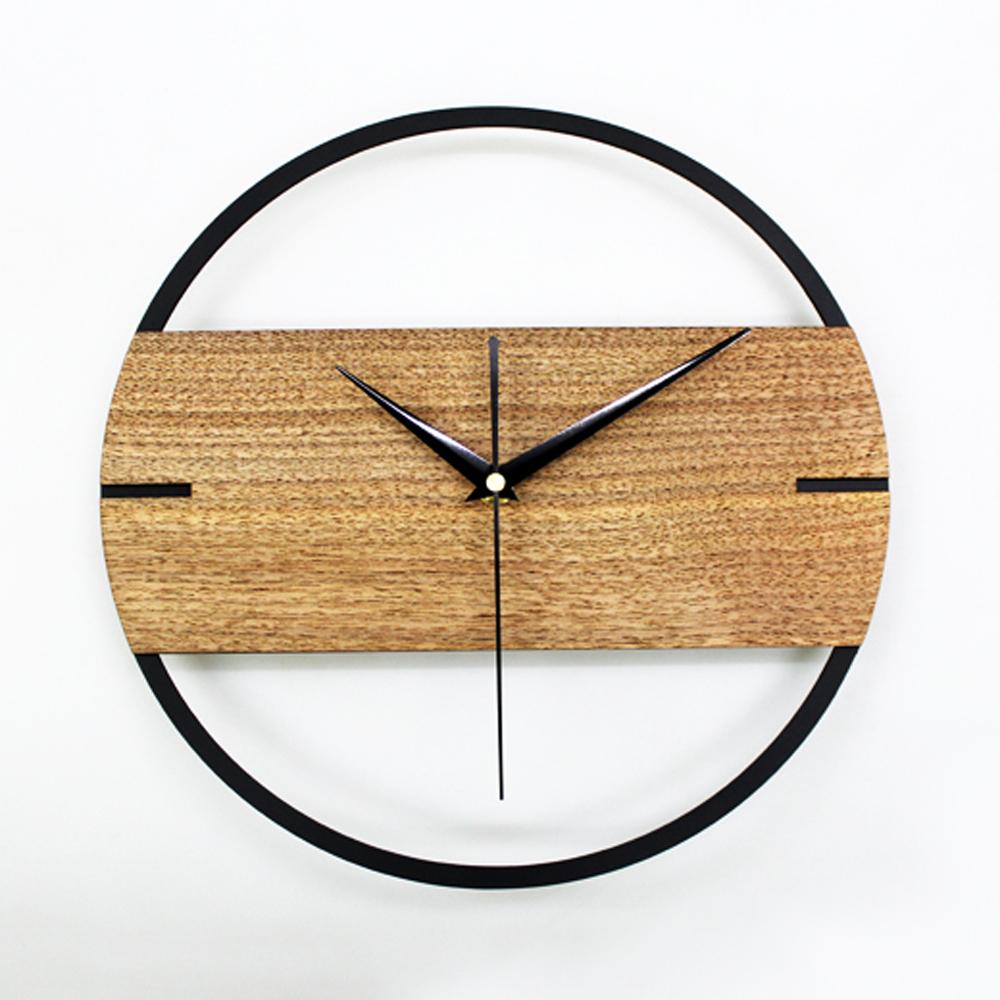 Th trale style horloge murale creative nordique montre for Maison bois nordique