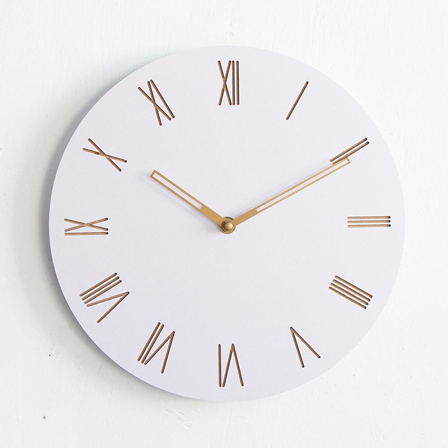 Horloge murale blanche en bois simple et moderne sans cadre deco 39 clock for Horloge murale bois moderne